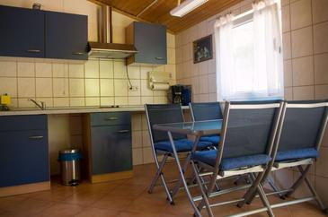 Molunat, Kuhinja v nastanitvi vrste apartment, Hišni ljubljenčki dovoljeni in WiFi.