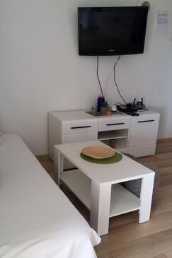 Kruševo, Obývací pokoj v ubytování typu apartment, s klimatizací, domácí mazlíčci povoleni a WiFi.