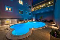 Appartements près de la mer avec la piscine Tisno (Murter) - 17159