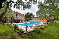 Rodinné apartmány s bazénem Sveti Filip i Jakov (Biograd) - 17192