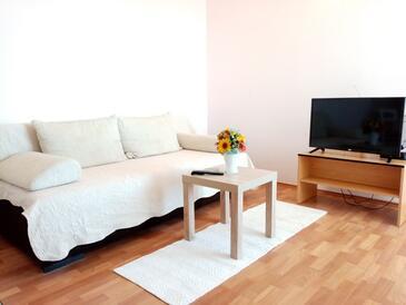 Supetarska Draga - Donja, Pokój dzienny w zakwaterowaniu typu apartment, Dostępna klimatyzacja, zwierzęta domowe są dozwolone i WiFi.