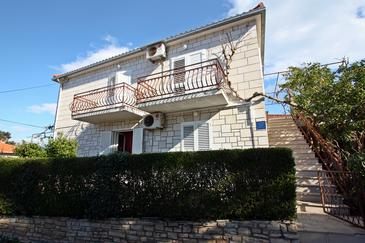 Supetar, Brač, Property 17227 - Apartments near sea with pebble beach.