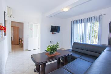 Sumartin, Salon dans l'hébergement en type apartment, climatisation disponible et WiFi.