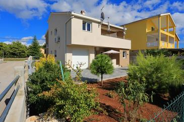 Bibinje, Zadar, Property 17269 - Apartments near sea with pebble beach.
