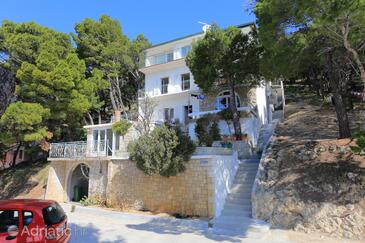 Brela, Makarska, Property 17281 - Rooms with pebble beach.
