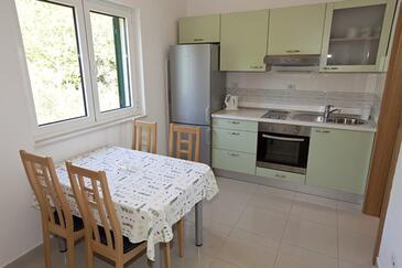 Igrane, Кухня в размещении типа apartment, WiFi.