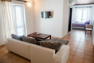 Palit, Camera di soggiorno nell'alloggi del tipo studio-apartment, WiFi.