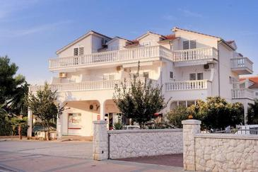 Vodice, Vodice, Property 17325 - Apartments with pebble beach.
