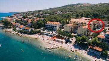 Arbanija, Čiovo, Объект 17332 - Апартаменты вблизи моря с галечным пляжем.
