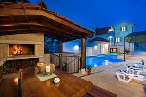 Casa pentru familii cu piscină Skrip (Brac) - 17345