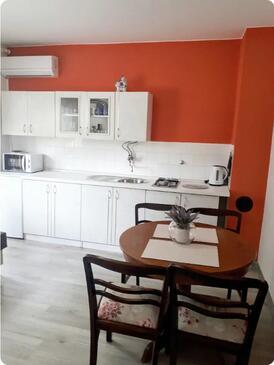 Slunj, Jídelna v ubytování typu studio-apartment, WiFi.