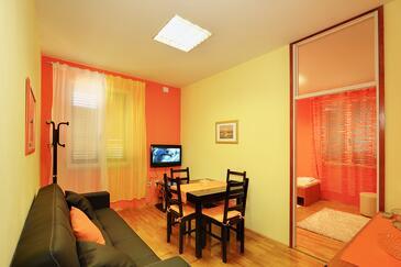 Split, Obývací pokoj v ubytování typu apartment, WiFi.