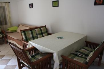 Seline, Living room in the apartment, air condition available, (pet friendly) and WiFi.