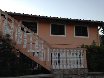 Seline, Paklenica, Property 17390 - Apartments with pebble beach.