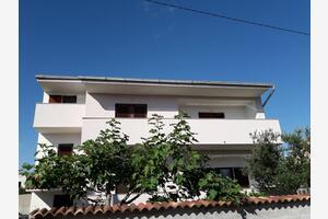 Апартаменты с парковкой Задар - Zadar - 17409
