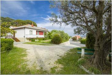 Kampor, Rab, Property 17412 - Rooms with sandy beach.