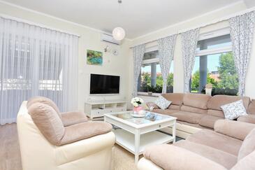 Slunj, Obývací pokoj v ubytování typu apartment, s klimatizací a WiFi.