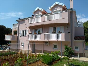Zaton, Zadar, Property 17432 - Apartments with sandy beach.