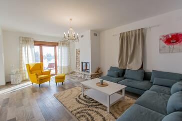 Dujmić Selo, Гостиная в размещении типа house, доступный кондиционер, Домашние животные допускаются и WiFi.