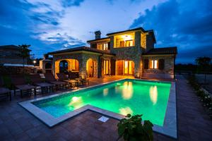 Luxury villa with a swimming pool Vrh, Krk - 17443