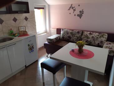 Vranovača, Jídelna v ubytování typu apartment, WiFi.