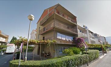 Stobreč, Split, Property 17463 - Apartments with pebble beach.