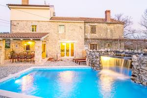 Luxury villa with a swimming pool Garica, Krk - 17469