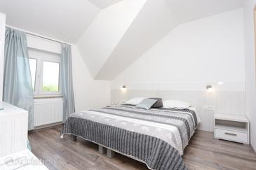 Slunj, Bedroom in the room, air condition available, (pet friendly) and WiFi.