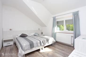 Slunj, Ložnice v ubytování typu room, s klimatizací, domácí mazlíčci povoleni a WiFi.