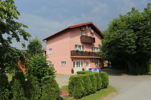 Apartmány a pokoje s parkovištěm  Grabovac (Plitvice) - 17522