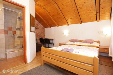 Grabovac, Ložnice v ubytování typu room, s klimatizací, domácí mazlíčci povoleni a WiFi.