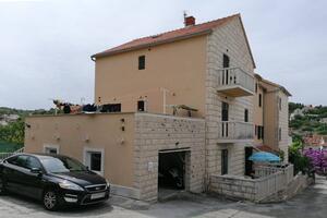 Appartamenti con parcheggio San Giovanni di Brazza - Sutivan (Brazza - Brač) - 17537
