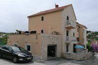 Apartments with a parking space Sutivan (Brač) - 17537