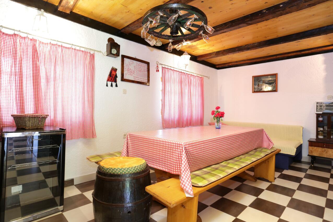 Ferienwohnung im Ort Peruai (Velebit), Kapazität 4+2 (2631071), Perusic, , Kvarner, Kroatien, Bild 2