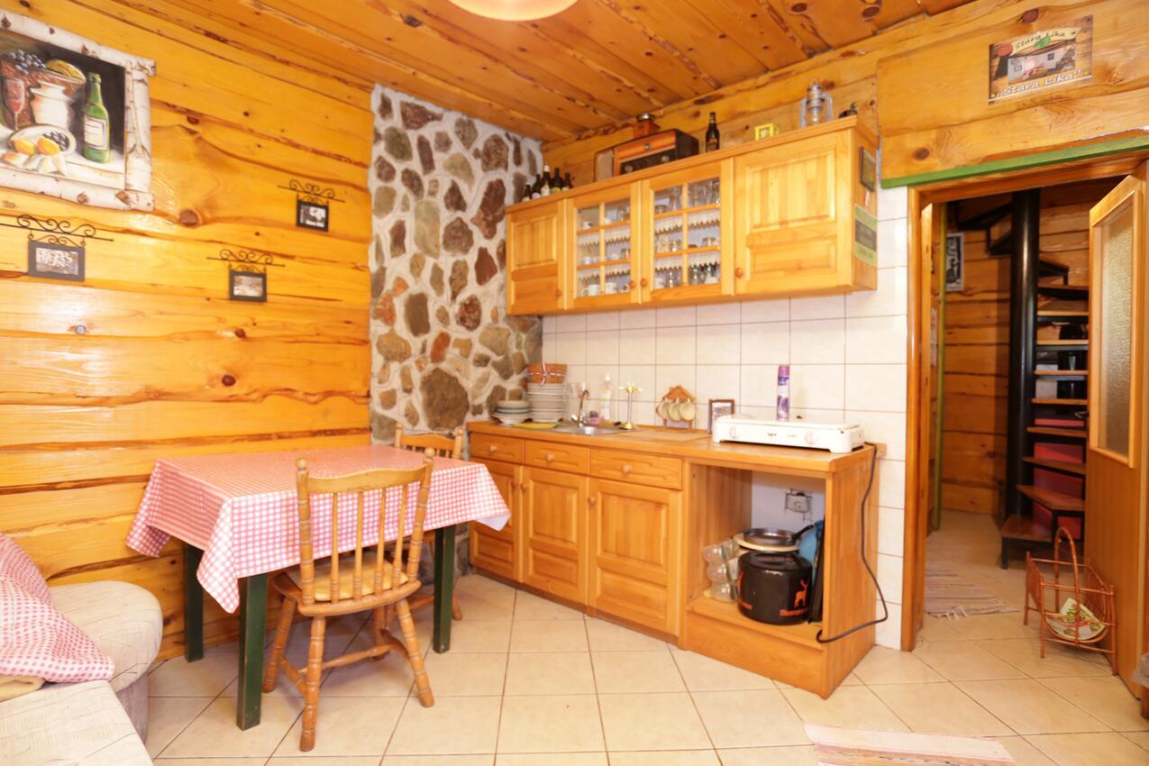 Ferienwohnung im Ort Peruai (Velebit), Kapazität 3+2 (2631072), Perusic, , Kvarner, Kroatien, Bild 3