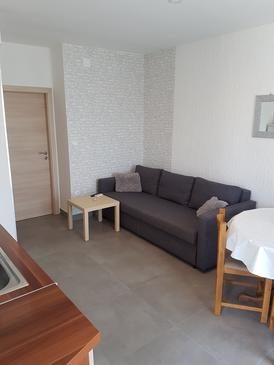Šepurine, Living room in the apartment, (pet friendly) and WiFi.