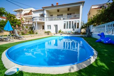 Zadar, Zadar, Property 17553 - Apartments with sandy beach.