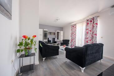Obývací pokoj 1
