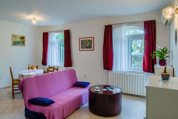 Kraljevica, Living room in the apartment, air condition available and WiFi.