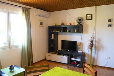 Artatore, Obývací pokoj v ubytování typu apartment, s klimatizací, domácí mazlíčci povoleni a WiFi.