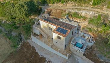 Prapatna, Brač, Property 17608 - Vacation Rentals by the sea.