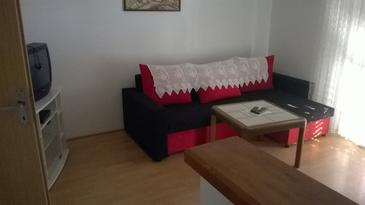 Barbat, Woonkamer in the apartment, air condition available en WiFi.