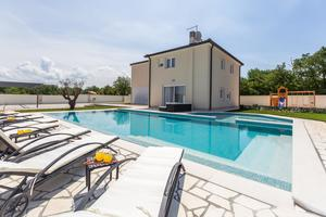 Luxury villa with a swimming pool Vilanija (Umag) - 17623