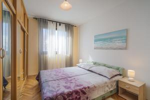 Apartments with WiFi Rijeka - 17629
