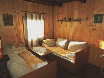 Čatrnja, Dnevna soba v nastanitvi vrste house, dostopna klima, Hišni ljubljenčki dovoljeni in WiFi.