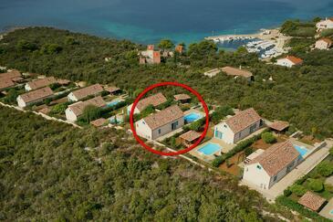 Guduće, Ugljan, Объект 17668 - Дом для отдыха вблизи моря со скалистым пляжем.