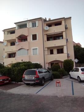 Crikvenica, Crikvenica, Объект 17675 - Апартаменты с галечным пляжем.