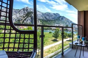 Apartments with a parking space Omis - 17677