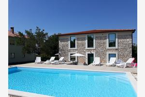 Family friendly apartments with a swimming pool Pomer, Medulin - 17681