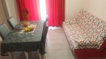 Smolići, Obývacia izba v ubytovacej jednotke apartment, klimatizácia k dispozícii a WiFi.